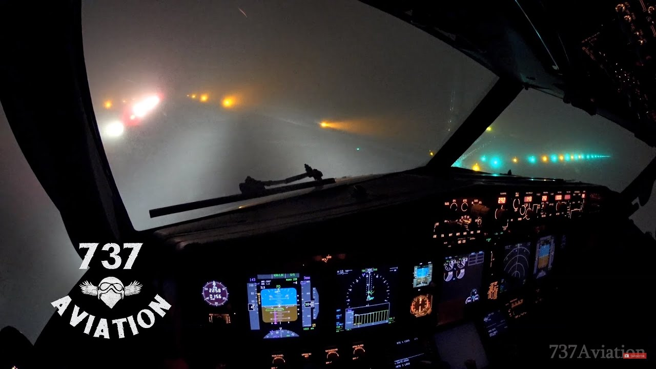 4K ILS Cat II - Boeing 737 night landing in dense winter fog - YouTube