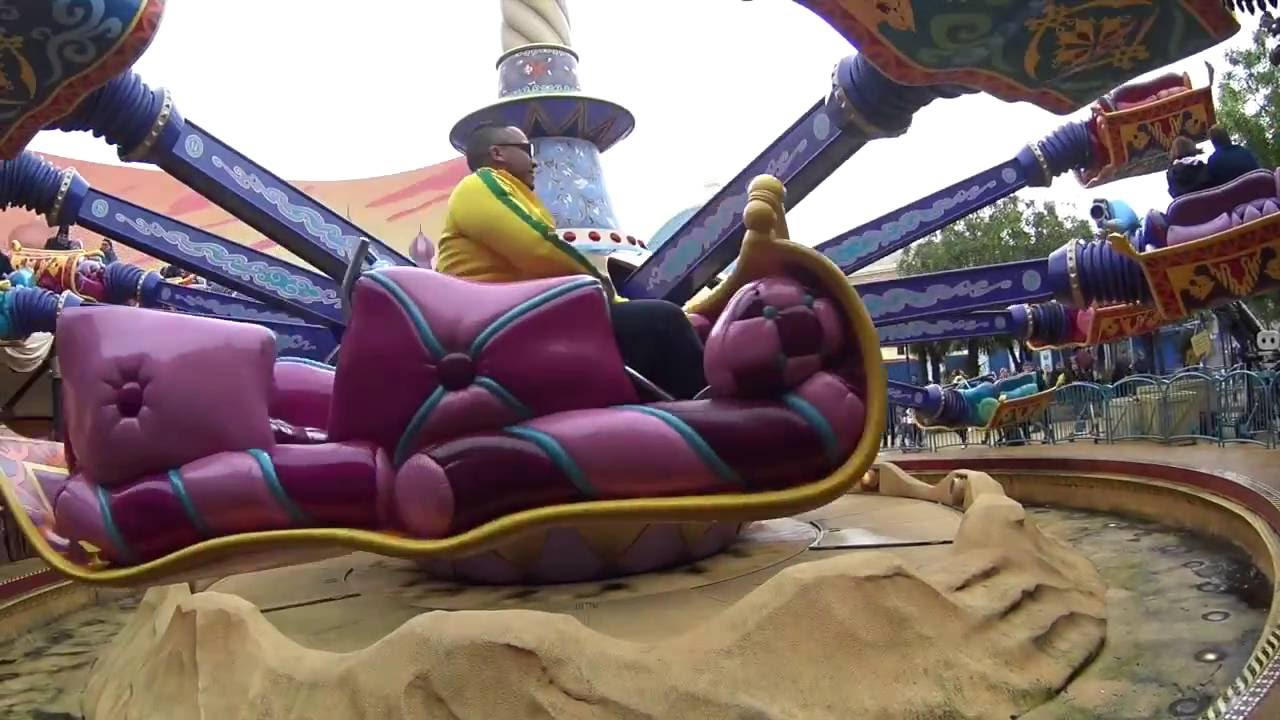 Disneyland Paris Tapis Volant D Aladdin Attraction Disney Studio