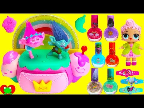 Trolls Poppy Music Jewelry Box with LOL Doll Surprises