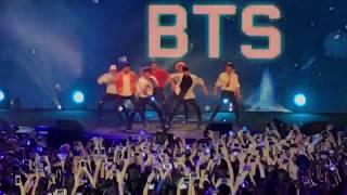 [FANCAM] 170804 BTS + MC Taehyung @ Music Bank in Singapore