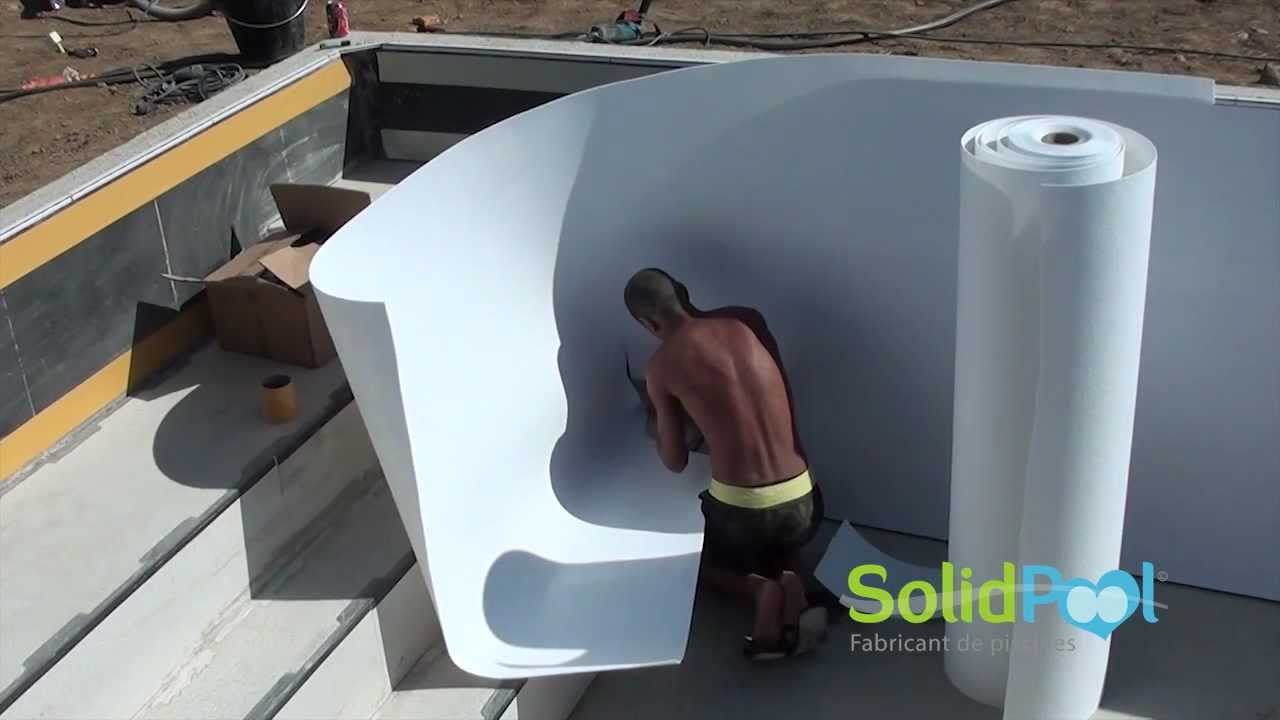 Construction piscine pose liner solidpool youtube for Pose de liner de piscine