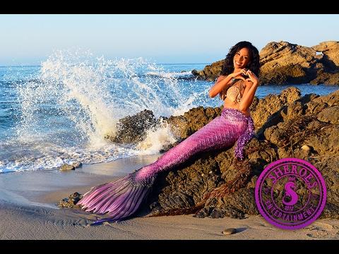 Professional Black Mermaid: Mermaid Merici of Los Angeles