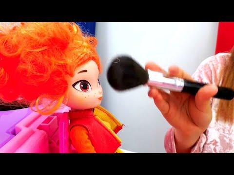 Видео с куклами - Сказочный Патруль готовится к концерту! – Игры для девочек причёски и макияж.