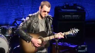 "Eric Church sings ""Record Year"" at CRS"