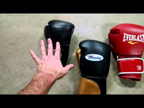 How to Pick Boxing Glove Weight
