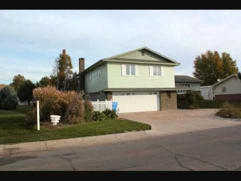 Alma, Nebraska, Home for sale on lake exterior video 1 of 2.wmv