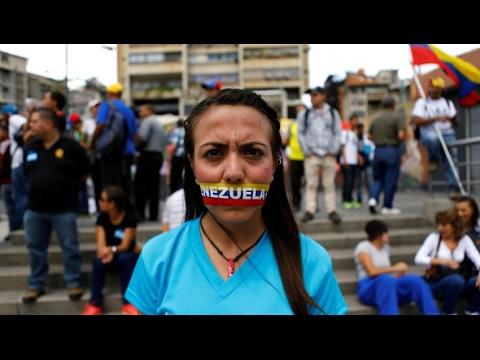 أخبار عالمية - مسيرات صامتة للمعارضة الفنزويلية بعد سقوط 20 قتيلاً