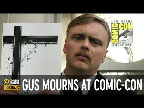 @Gus Johnson Tries to Find His Uncle's Funeral at Comic-Con