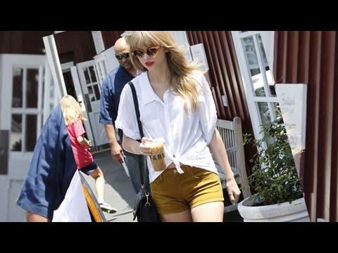 Taylor Swift Short Shorts Style!