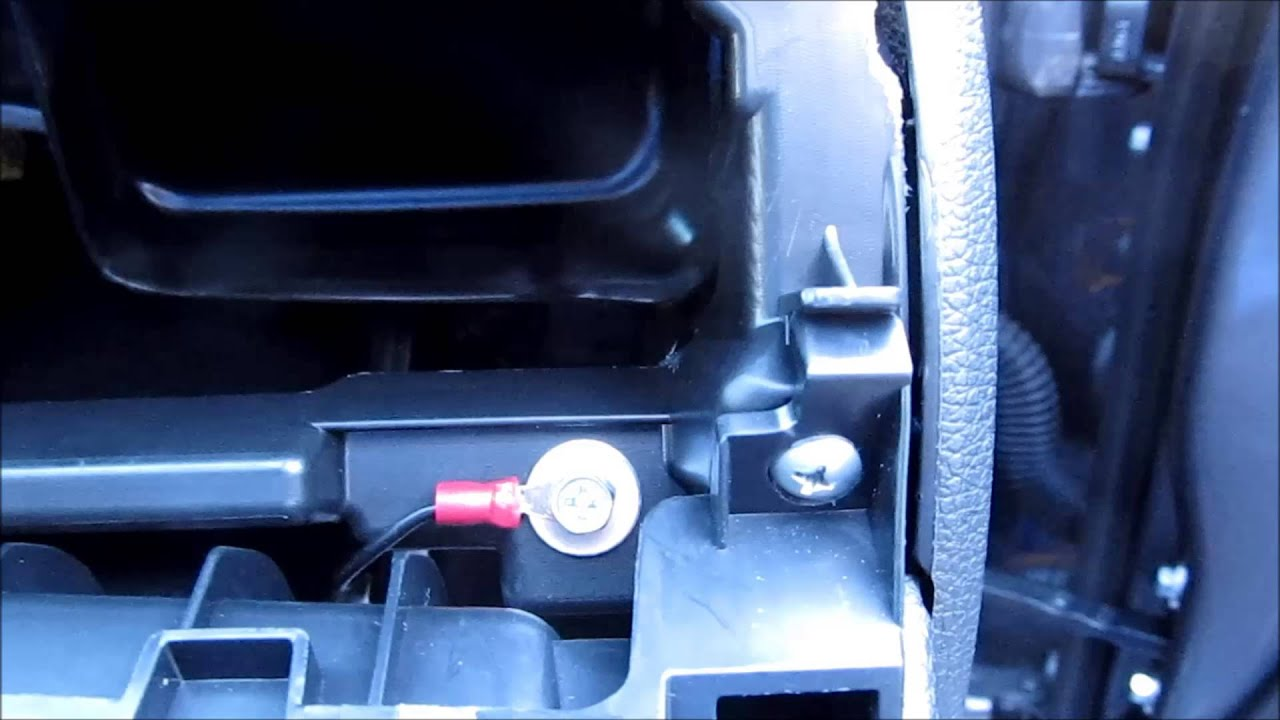 Glove box damper