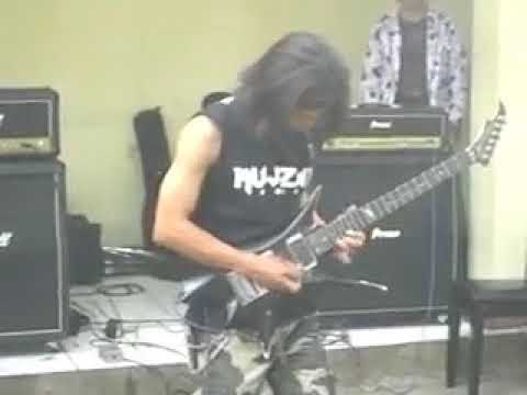 Billy Mujizat....Rodeo  (Clinic Guitar At Unpas Bandung)