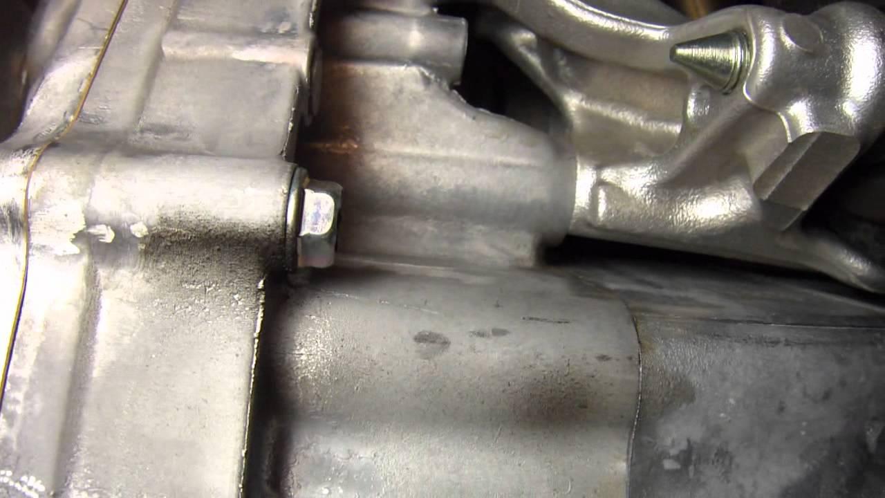 Engine oil leak 2011 honda insight youtube for Motor oil smelling poop