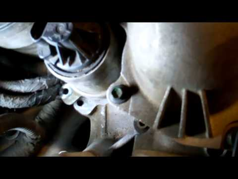 03-07 Ford Powerstroke EGR Valve Removal and Cleaning