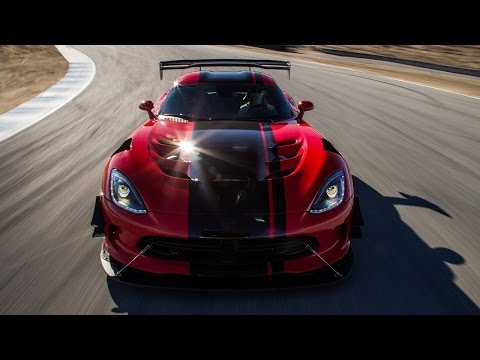 2016 Dodge Viper ACR Hot Lap! - 2016 Best Driver's Car Contender