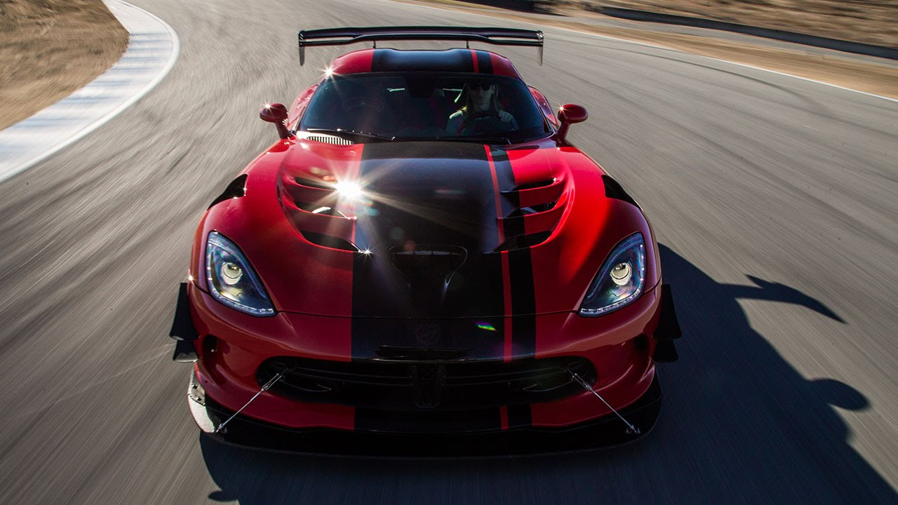 2016 dodge viper acr hot lap 2016 best driver 39 s car contender youtube. Black Bedroom Furniture Sets. Home Design Ideas