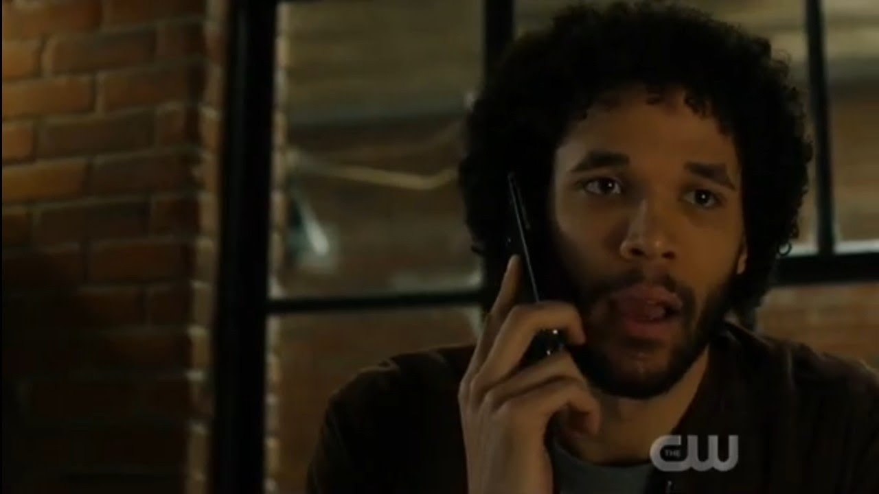 """Download Charmed 2x18 """"Harry Phone Call"""" Season 2 Episode 18"""