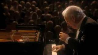 "Barenboim plays Beethoven Sonata No. 18 in E flat Major, Op. 31 No. 3, ""The Hunt"" , 1st Mov."