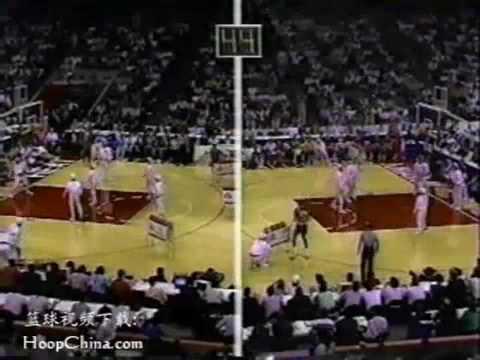Craig Hodges vs Michael Jordan - 1990 3 Point Shootout