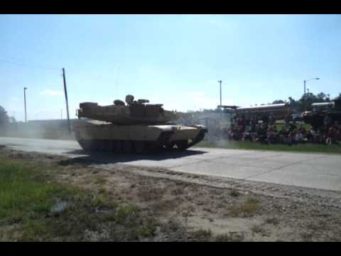 M1 Abrams - mobility and speed demo - YouTube