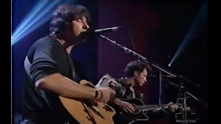 Jon Bon Jovi & Richie Sambora - Bridge Over Troubled Water