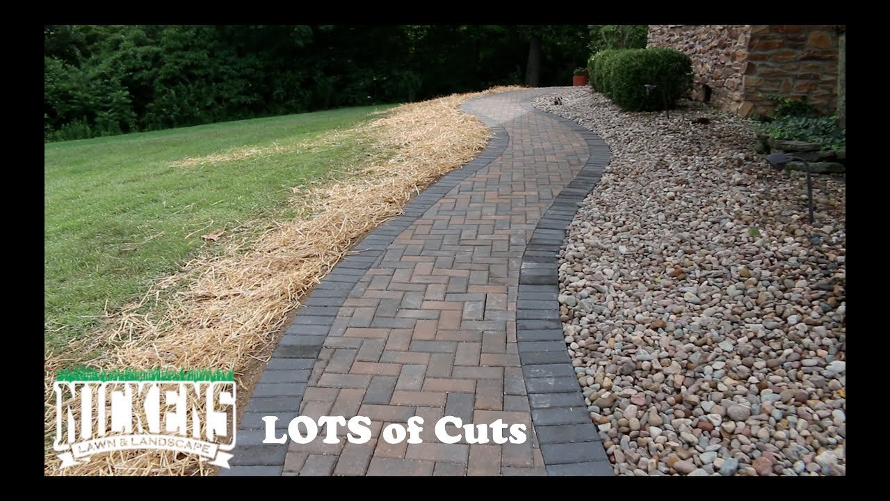Installing A Paver Walk Way With Curves You