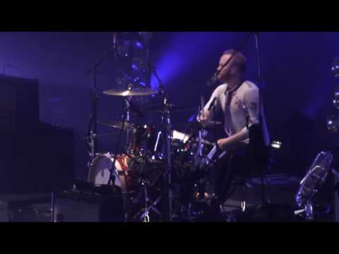Coldplay - Death and all his friends - Live In Melbourne (HD)