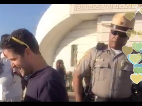 Police almost Arrest Piano Man at Griffith Observatory in Los Angeles