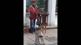 Святкуємо Всесвітній день вуличної музики в Чернівцях (шарманка).(, 2016-05-21T14:01:06.000Z)