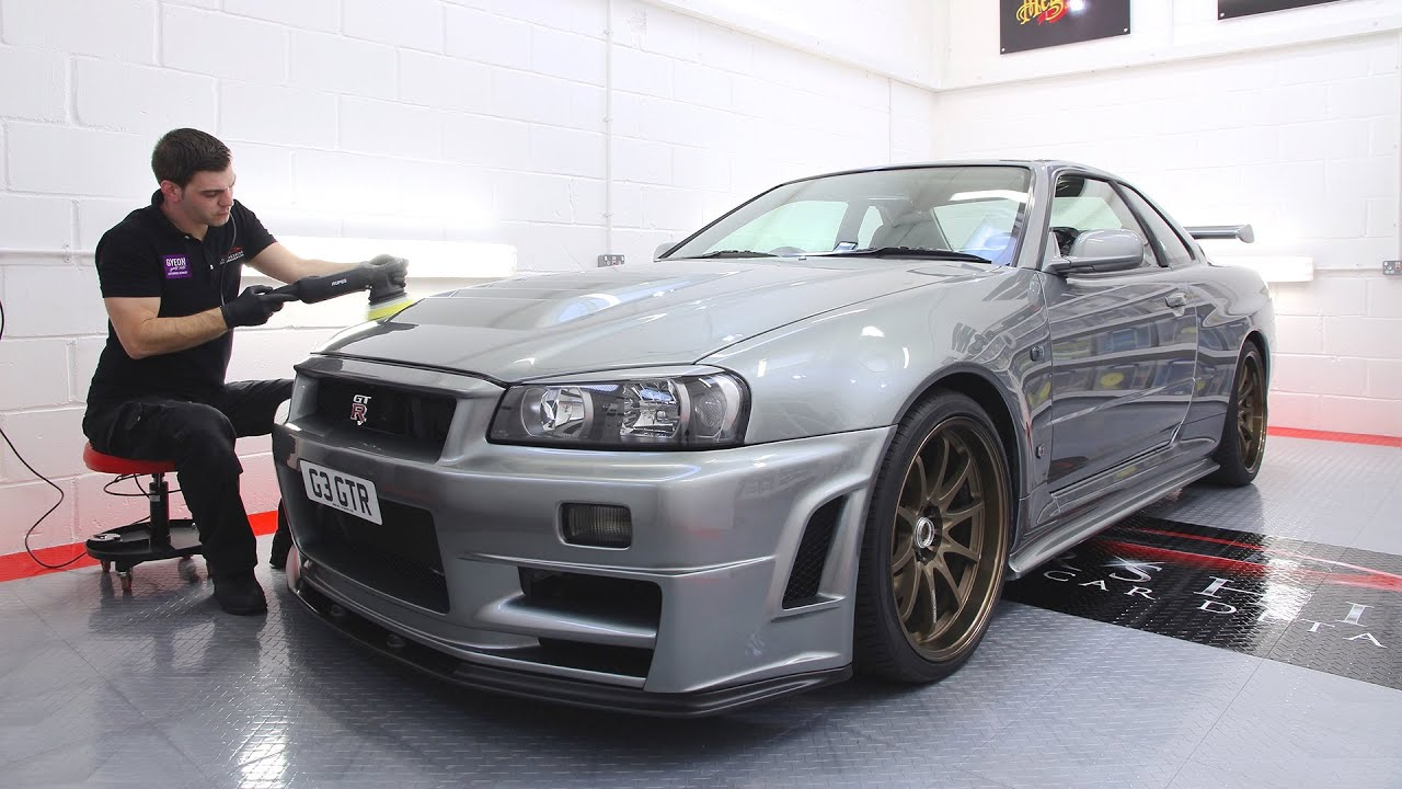 nissan skyline r34 gtr detailing youtube. Black Bedroom Furniture Sets. Home Design Ideas