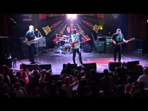 PLEJBOJ - GRIZI METAK (LIVE @ VRAČAR ROCKS)
