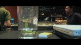 The Making Of Plastic Beach - Gorillaz in the studio - snippet 1