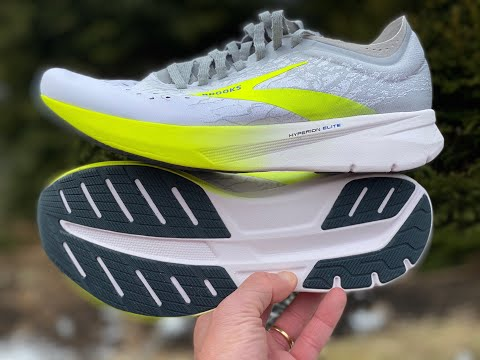 brooks-hyperion-elite-initial-run-impressions,-details,-and-comparisons