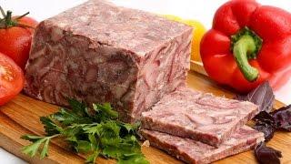 Прессованное мясо из свиной головы.