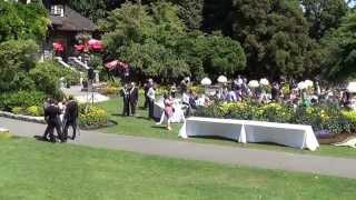 Свадьба в Америке, на природе, с хромым женихом