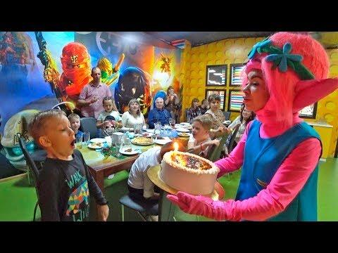 Празднуем День Рождения - Илюше 8 лет в детском развлекательном центре Fly Kids