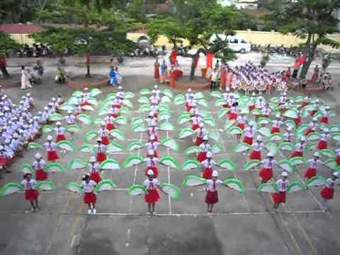 màn đồng diễn của trường TH Phong Cốc - thị xã Quảng Yên - Quảng Ninh.mp4