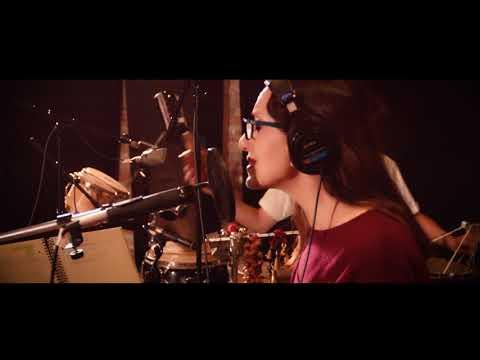 Luz Casal vuelve en 2018 con nuevo disco y gira.