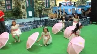 Tari Payung, Ilustrasi Musik: Tasya - Hujan Rintik