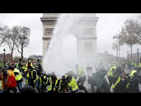 """""""Coletes amarelos"""": Violência em Paris"""