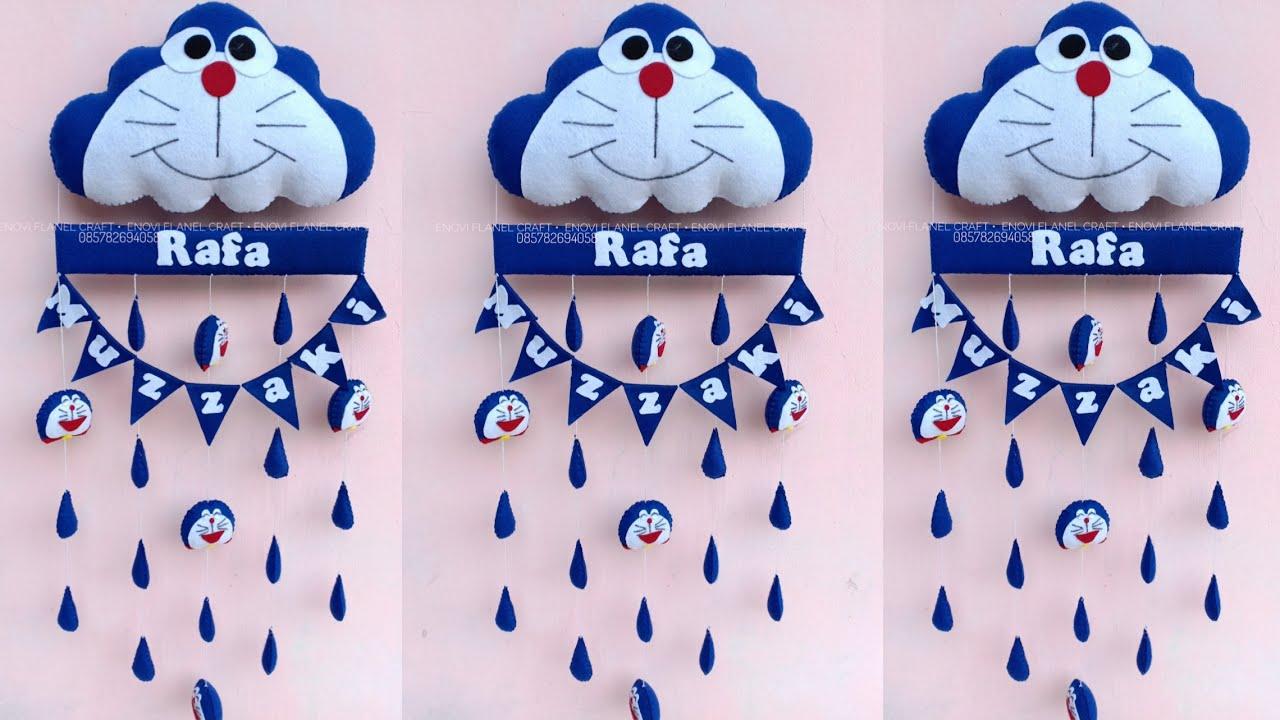Cara Mudah Membuat Kreasi Kain Flanel Hiasan Gantungan Pintu Hiasan Dinding Kamar Doraemon Youtube Gantungan kamar dari kain flanel