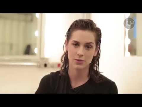 Sophia Abrahão em entrevista para TOP Magazine e fala sobre  carreira e os planos futuros.
