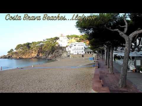 Costa Brava Beaches - Llafranc (On An Early Summer's Morning)