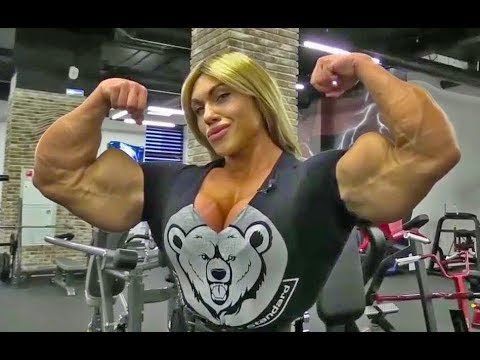 THE MOST MUSCULAR WOMAN IN THE WORLD !!!