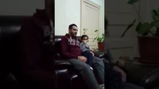 Watch what a little girl does when her father makes mistakes reciting Qur'an