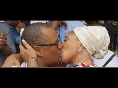 Download WOW! Tope Alabi Kissed Her Husband So Passionately At His Surprise Birthday Party In Their New House
