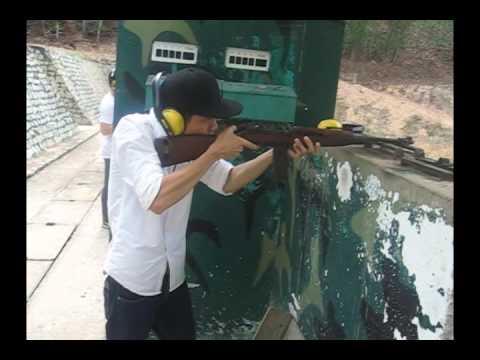 Lần đầu bắn súng ở Củ Chi