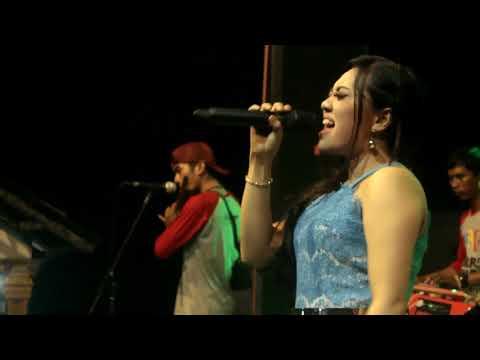 Deviana safara bersuwara merdu nyanyi lagu Egois - farrel senada