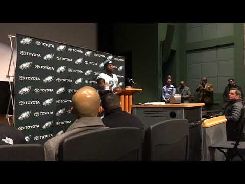 Philadelphia Eagles' Malcolm Jenkins chats before NFC Championship Game