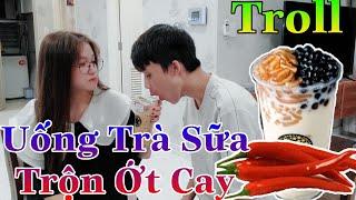 [Vlog Free Fire] Cô Ngân Trả Thù Troll Cho GAO BẠC Uống Trà Sữa Trộn Ớt Siêu Cay Và Cái Kết