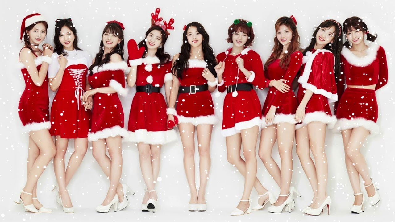 TWICE prepare for Christmas with a fun video